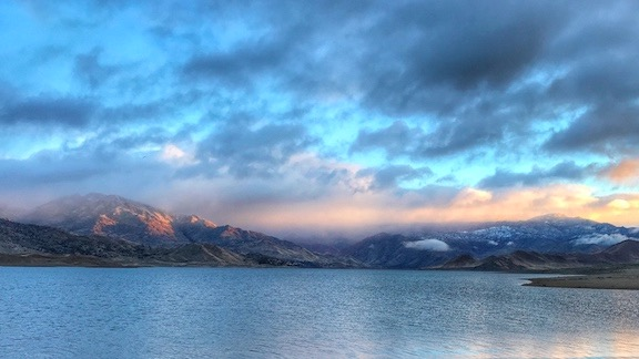 Lake Isabella at Dawn